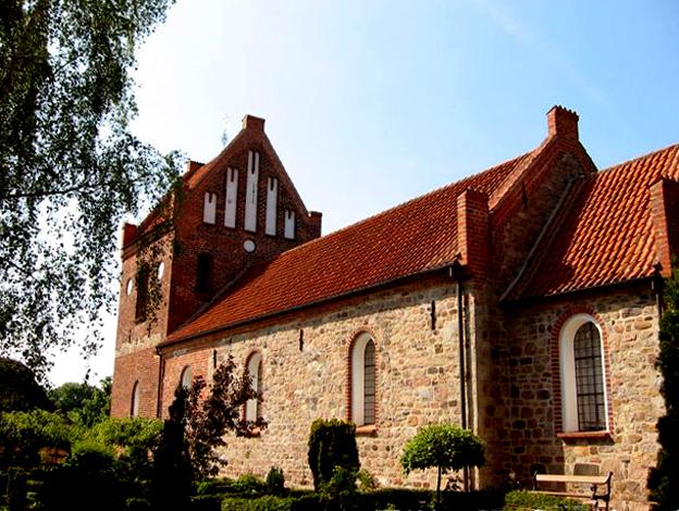 Farum Kirkes historie.