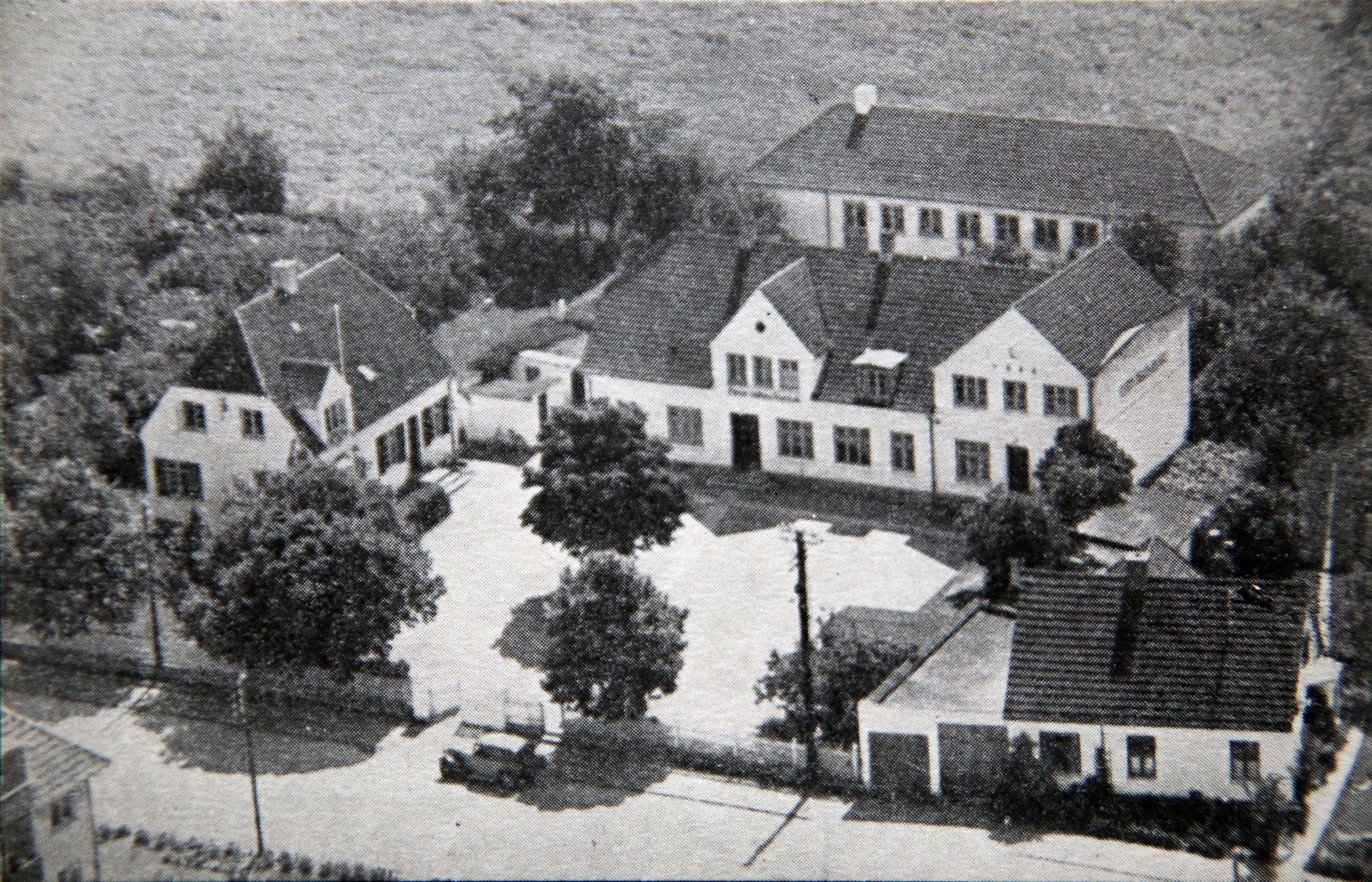Farum Private Realskole, fra Højere Bondeskole til fusion med Marie Kruses Skole